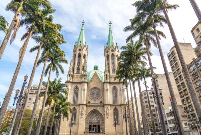 Se cathedral in Sao Paolo with palmtrees at the foreground
