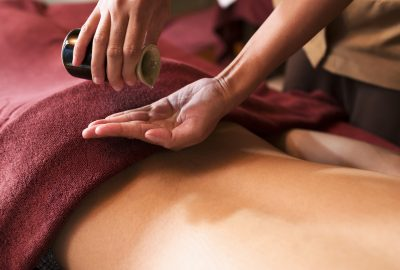 Heated oil body massage in Dublin salon