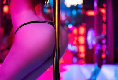 Pole dancing in Hamburg striptease club