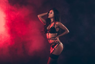 Beautiful Romanian dancer in erotic night club in Bucharest