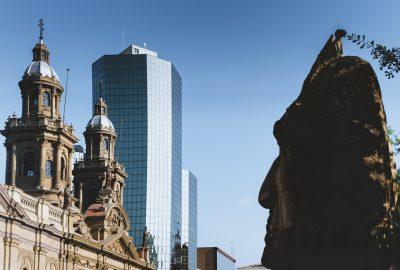 Plaza de Armas, Monumento al Pueblo Indigena, skyscraper and Santiago Metropolitan Cathedral