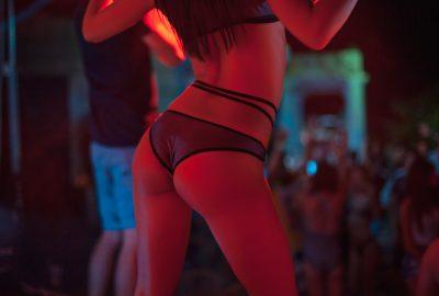 Show girl dancing on stage in Cancun nightclub