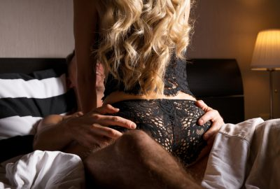 Independent erotic masseuse from Leuven at start of massage session