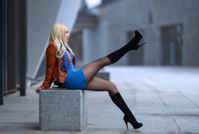 Russian working girl showing off on the streets of Yekaterinburg